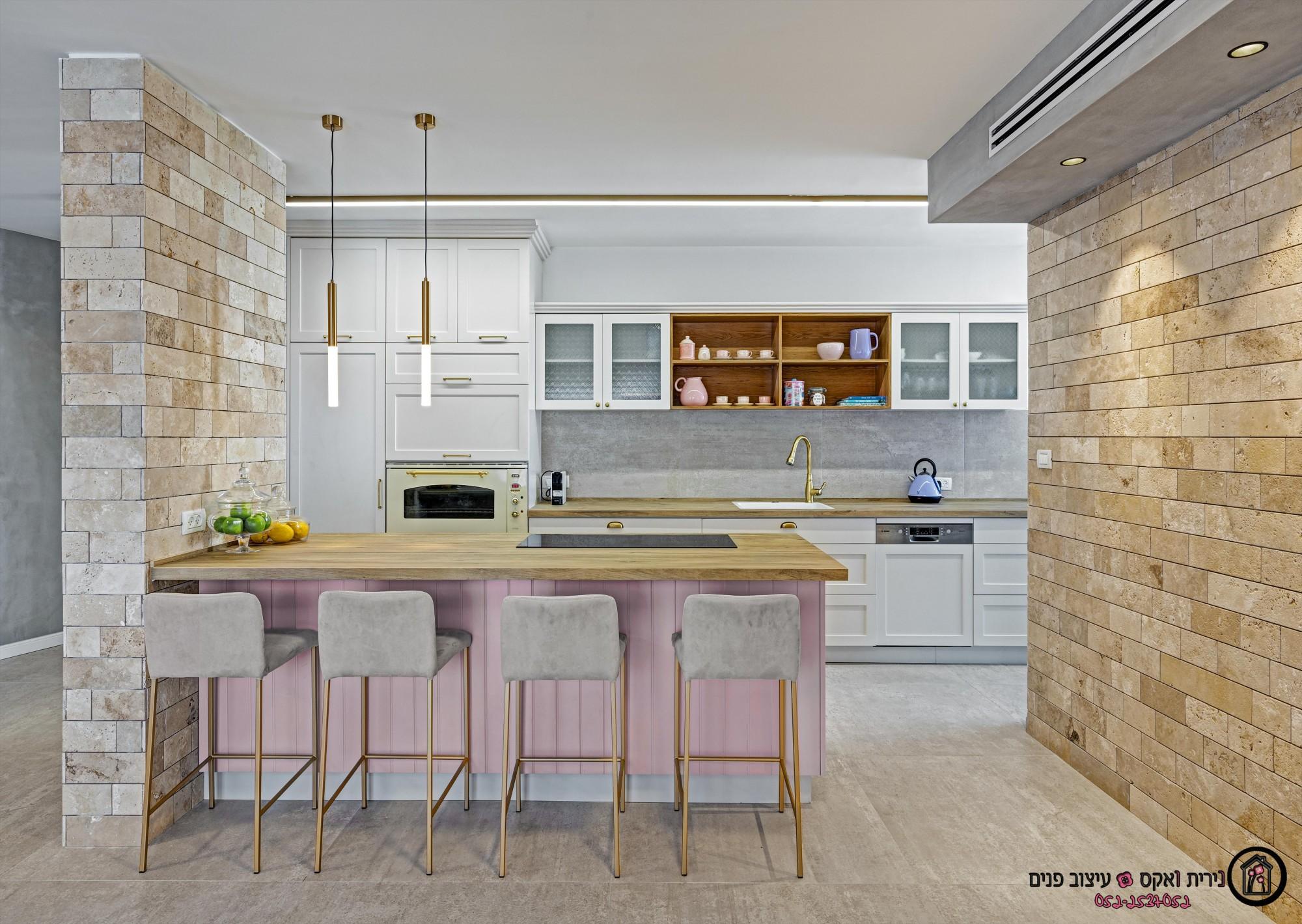 תכנון עיצוב ושיפוץ דירת  חדרים